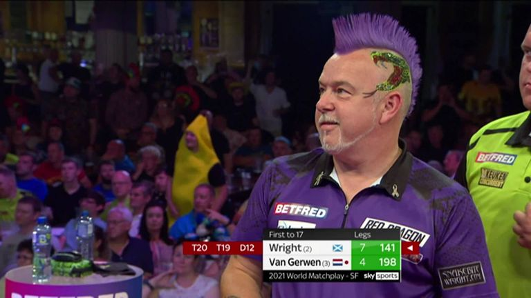 Peter Wright misses double 12 for a nine-darter