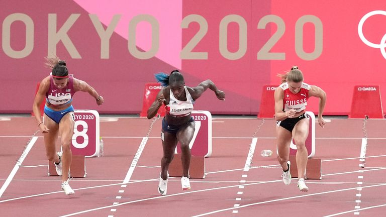 Dina Asher-Smith started well but couldn't keep her pace throughout the semi-final