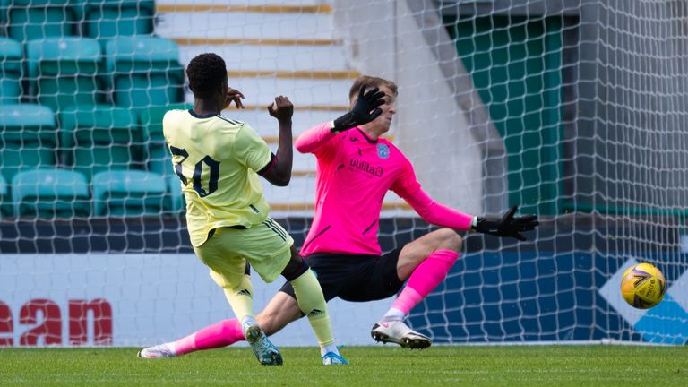 Eddie Nketiah misses a chance to open the scoring for Arsenal at Easter Road