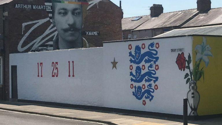 England mural