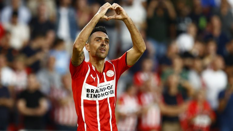Eran Zahavi scored a hat-trick for PSV against Galatasaray