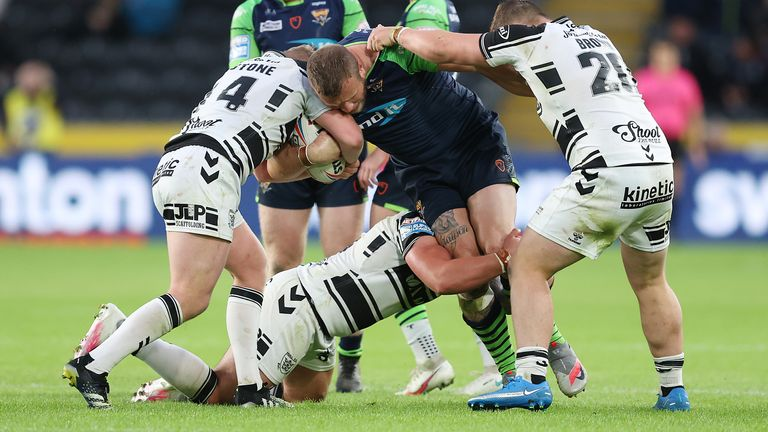 Huddersfield and Hull FC face off in Thursday's live Super League match