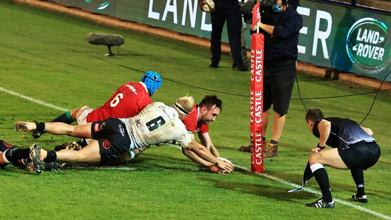 Jack Conan scores the Lions' fifth try