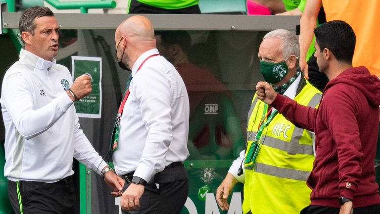 EDINBURGH, SCOTLAND - JULY 13: Hibernian manager Jack Ross (L) and Arsenal boss Mike Arteta at full time during a pre-season friendly between Hibernian and Arsenal at Easter Road, on July 13, 2021, in Edinburgh, Scotland (Photo by Ross Parker / SNS Group)