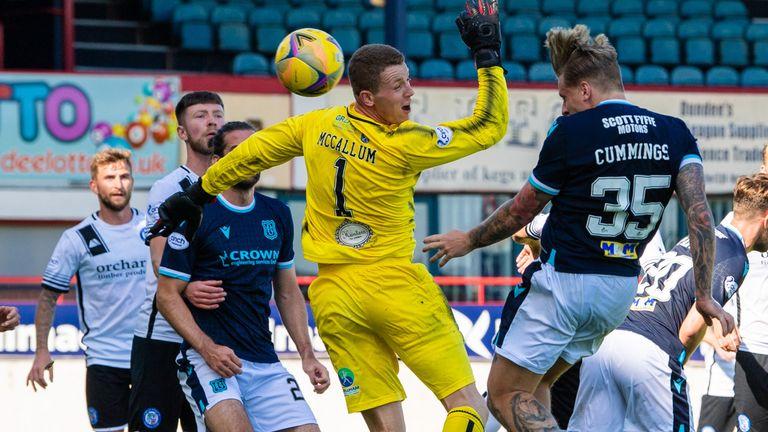 Dundee's Jason Cummings heads home to make it 5-2