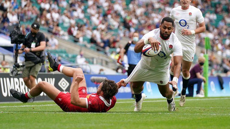 England's Joe Cokanasiga scores his second try