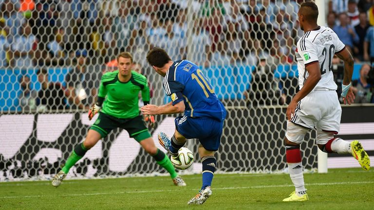 Lionel Messi closes in on Manuel Neuer in the World Cup final between Argentina and Germany in 2014