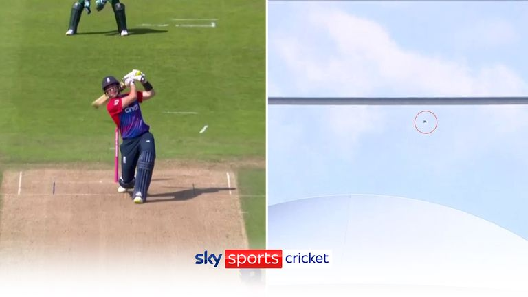 Liam Livingstone hit one of the biggest sixes some of the commentators have ever seen!