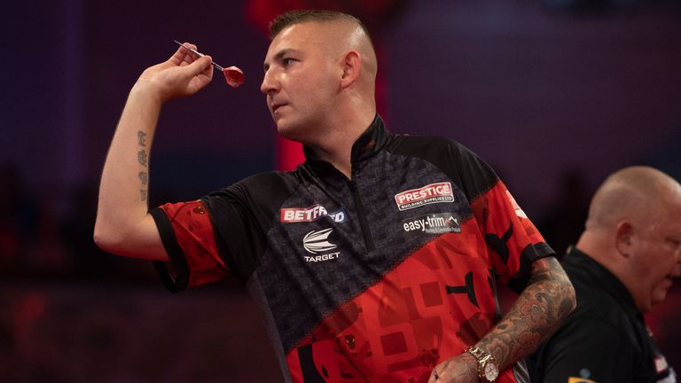 World Matchplay: Nathan Aspinall plays with a smile after 12 difficult months |  Darts News