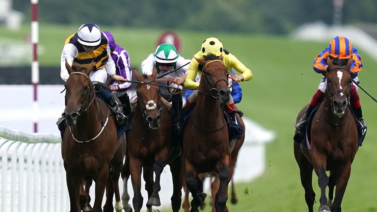 Ottoman Emperor beats Sir Lucan and Third Realm to win the Gordon Stakes at Goodwood