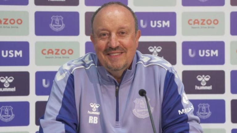 Rafael Benítez, press conference still, Everton coach