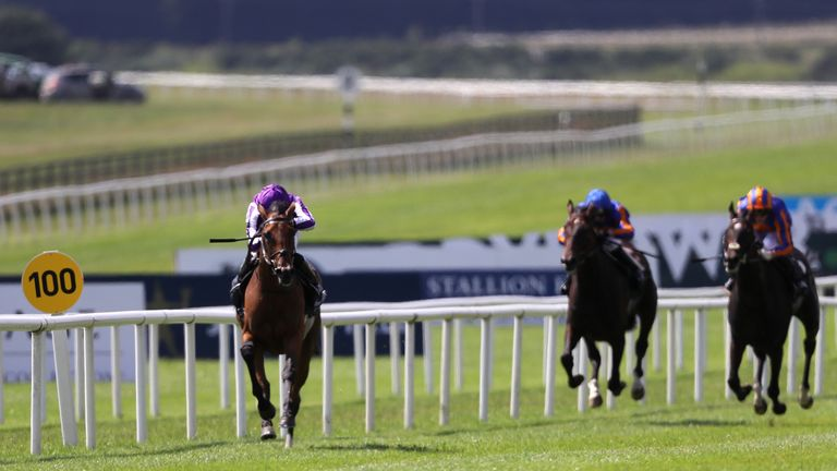 Snowfall leaves her Irish Oaks rivals well behind at the Curragh