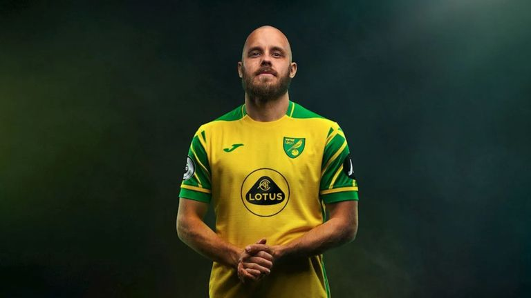 Teemu Pukki wears Norwich's new home shirt