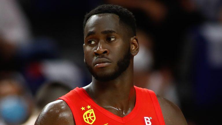 Usman Karuba de España jugó entre España e Irán durante el Torneo Preparatorio del Desafío Tokio 2020 el 5 de julio de 2021 en el Wishing Center en Madrid, España.