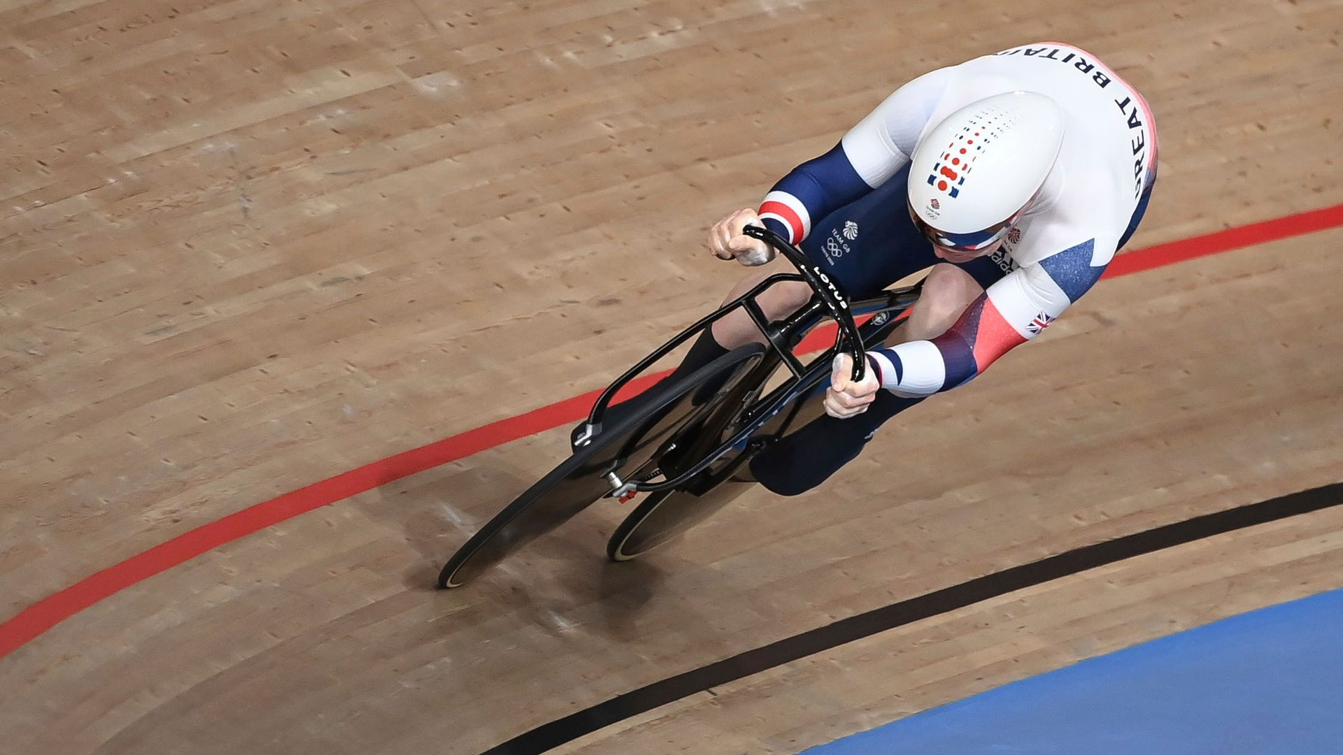 Carlin secures bronze for Team GB in men's sprint