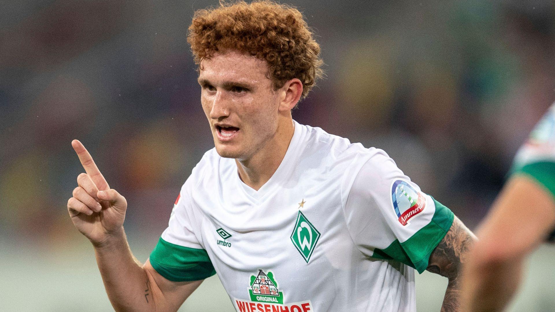 Bremen striker Sargent set for Norwich medical