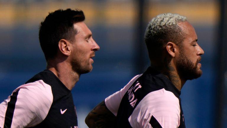 Lionel Messi, Neymar (AP)