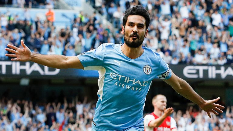 Ilkay Gundogan celebrates after scoring Man City's first goal (Darren Staples/CSM via ZUMA Wire)