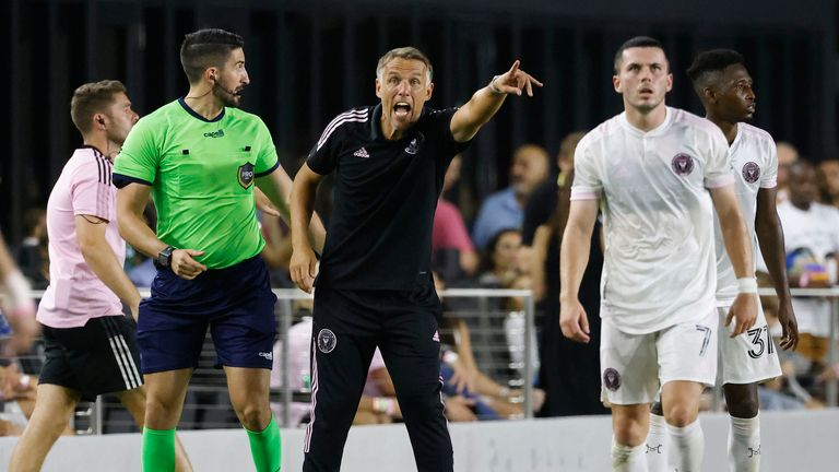 AP - Inter Miami / Phil Neville on touchline