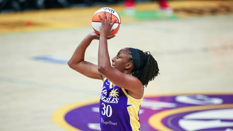 Los Angeles Sparks forward Nneka Ogwumike (30) during the Atlanta Dream versus the Los Angeles Sparks WNBA basketball game on August 17, 2021, at Staples Center in Los Angeles, CA. (Photo by Jevone Moore/Icon Sportswire) (Icon Sportswire via AP Images)