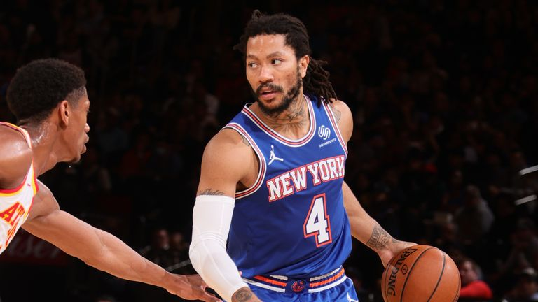 NEW YORK, NY - JUNE 2: Derrick Rose #4 of the New York Knicks handles the ball against the Atlanta Hawks during Round 1, Game 5 of the 2021 NBA Playoffs on June 2, 2021 at Madison Square Garden in New York City, New York.  NOTE TO USER: User expressly acknowledges and agrees that, by downloading and or using this photograph, User is consenting to the terms and conditions of the Getty Images License Agreement. Mandatory Copyright Notice: Copyright 2021 NBAE  (Photo by Nathaniel S. Butler/NBAE via Getty Images)