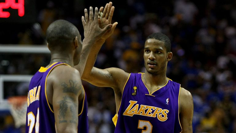 Kobe Bryant high-fives Trevor Ariza during Game Five of the 2009 NBA Finals