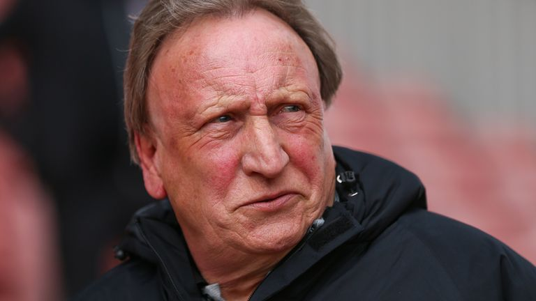 Neil Warnock urges Middlesbrough players to get both Covid jabs to avoid potential disruption | Football News