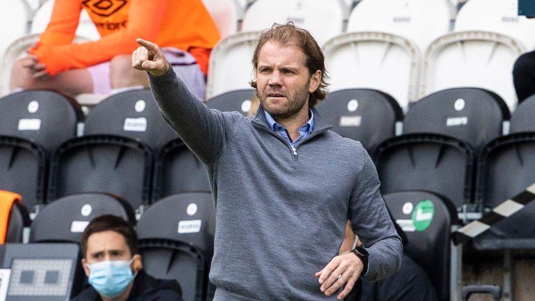 Hearts boss Robbie Neilson