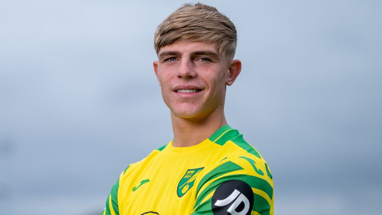 Williams will wear the No 21 shirt for the Canaries (Credit: Norwich City FC)