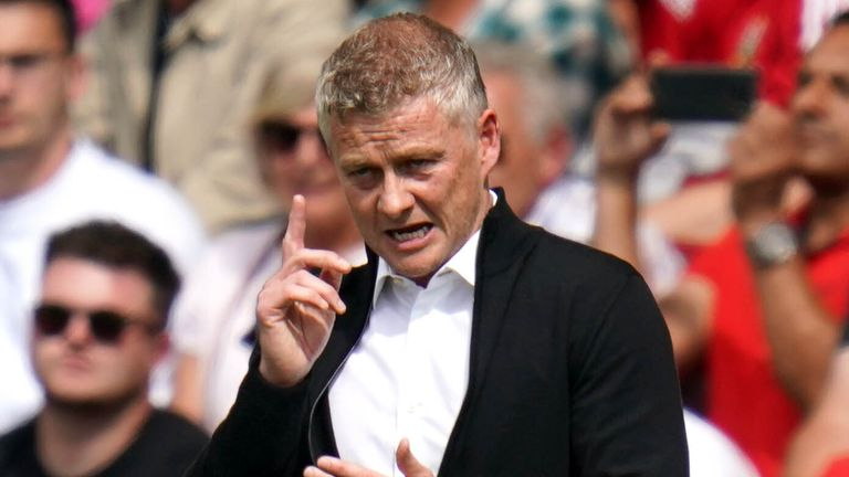 Manchester United boss Ole Gunnar Solskjaer was unimpressed with the refereeing during his side's draw at Southampton