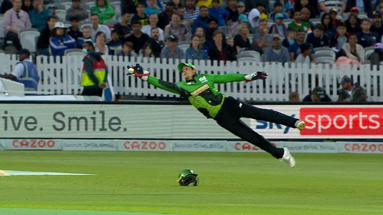 Quinton de Kock of the Southern Brave makes a great catch in their Hundred match against the London Spirit