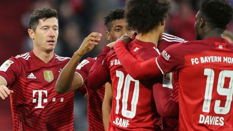 Robert Lewandowski scoorde een hattrick in de overwinning op Hertha