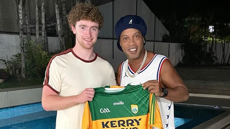 Paul Walsh presents Ronaldinho with a Kerry GAA jersey