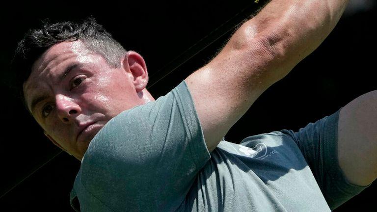 Rory McIlroy počas svojho posledného turné zmiešal šesť vtákov s dvoma duchmi