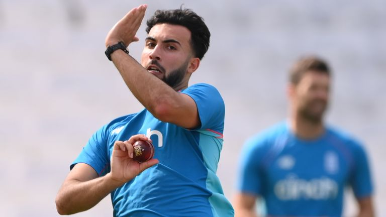 Saqib Mahmood is vying with Craig Overton for a spot in the England side to face India