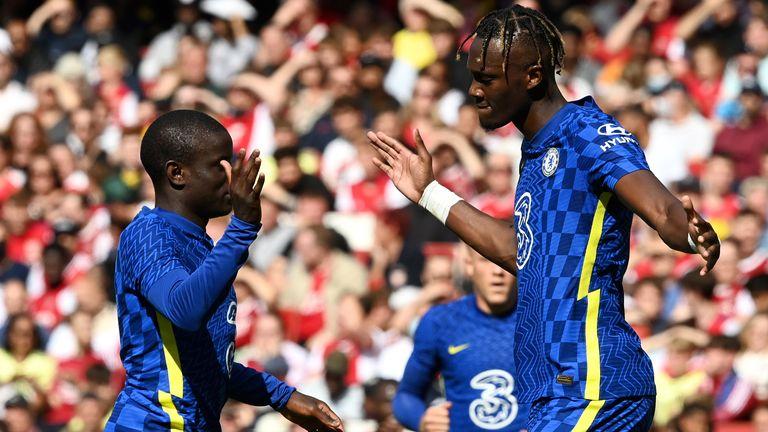 Tammy Abraham celebrates his goal with N'golo Kante