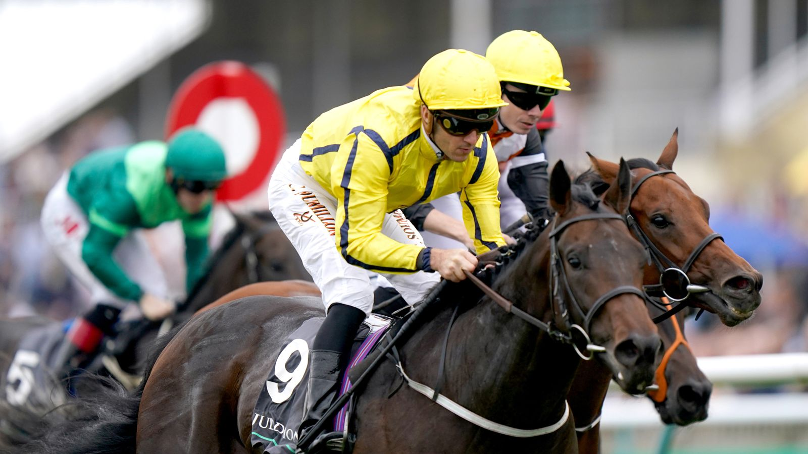 Perfect performance in the Middle Park for Fahey and Soumillon