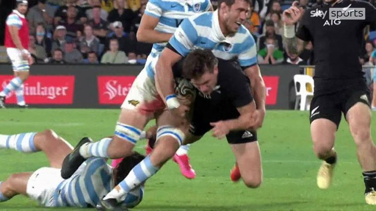 Luke Jacobson scores his first try of the match after an outstanding offload from Beauden Barrett
