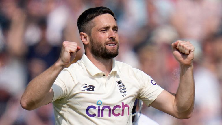 Chris Woakes removed Ravindra Jadeja (17) and Ajinkya Rahane (0) in his first two overs of the day