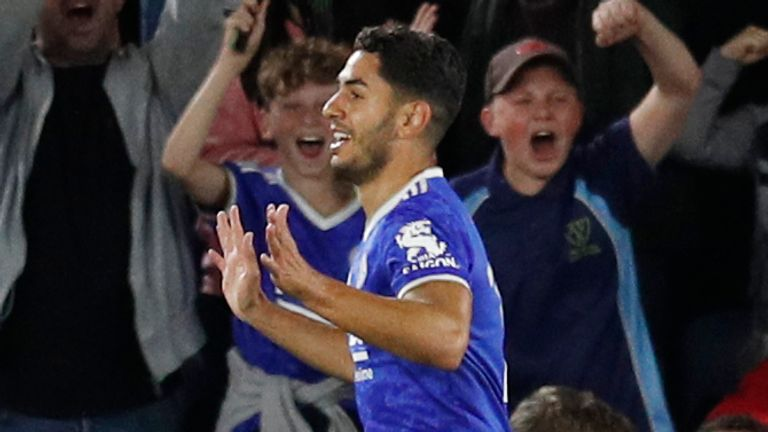 Ayoze Perez of Leicester City celebrates scoring the first goal during the UEFA Europa League match at the King Power Stadium