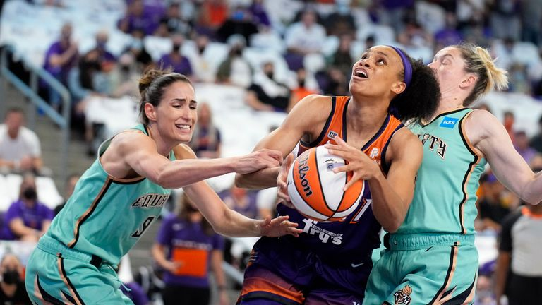 Highlights of the first playoff round game between New York Liberty and Phoenix Mercury in the WNBA.
