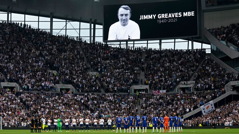There was a tribute to Jimmy Greaves ahead of kick-off