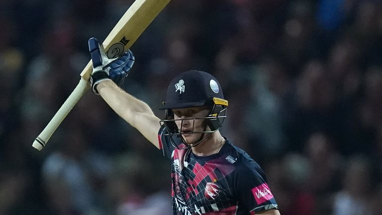 Watch the best of the action from the final of Vitality Blast Finals Day as Kent take on Somerset.