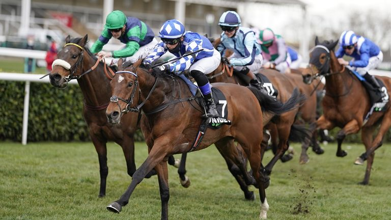 De la Sayette wins the Lincoln Handicap on Haqeeqy at Doncaster in March
