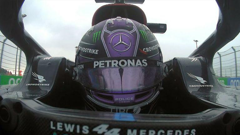 Lewis Hamilton memenangkan GP Rusia untuk kemenangannya yang ke-100 di Formula 1