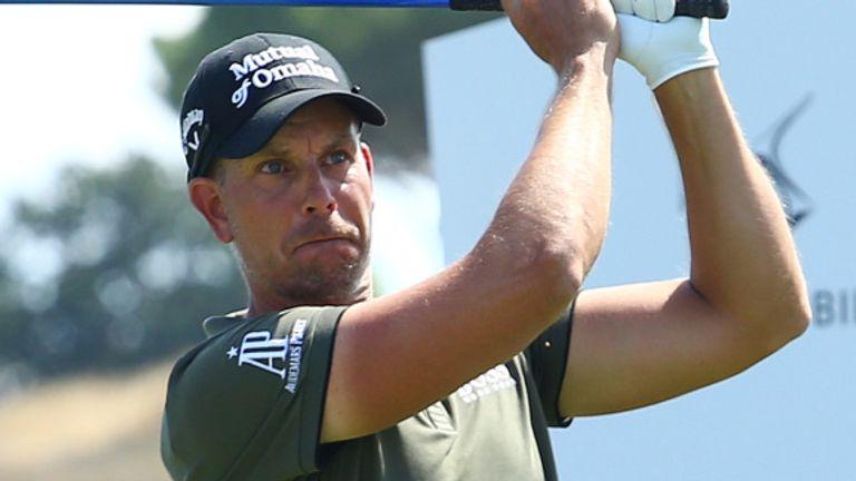 Henrik Stenson shares the lead on seven under