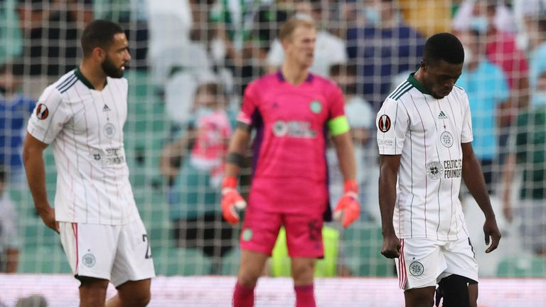 Ismaila Soro looks dejected after Borja Iglesias beats Celtic's Joe Hart to make it 3-2 to Betis during a UEFA Europa League match between Real Betis and Celtic