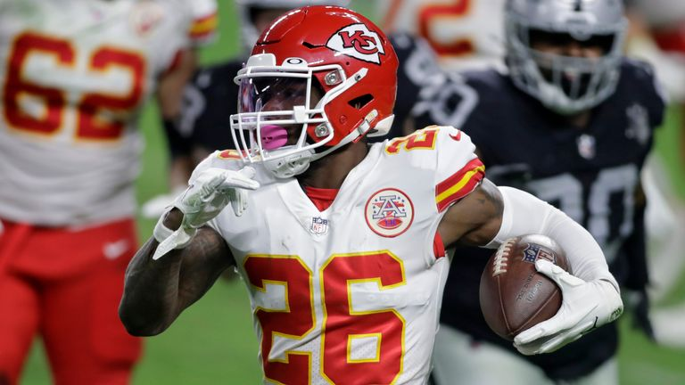 Le'Veon Bell was with the Kansas City Chiefs last season but has now signed with Baltimore