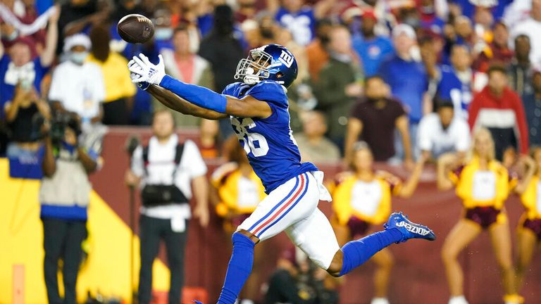 New York Giants wide receiver Darius Slayton (86) drops a pass near the end zone during the second half of an NFL football game against the Washington Football Team, Thursday, Sept. 16, 2021, in Landover, Md. (AP Photo/Patrick Semansky)