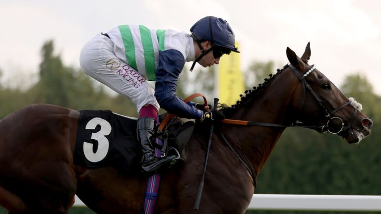 Murphy completes a Newbury treble with victory on Neenee's Choice for Andrew Balding